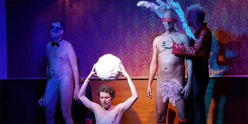 Erotik-Bühnen-Shows