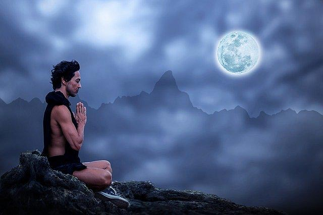 Rituale-Meditation